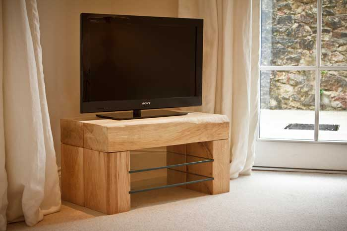 Oak TV Table TarzanTablescouk