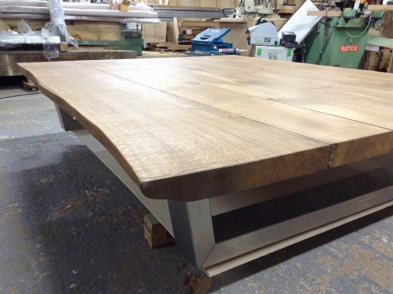 This table has the 52mm thick oak top