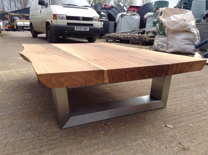 1.5m Komodo table with 65mm thick Oak top