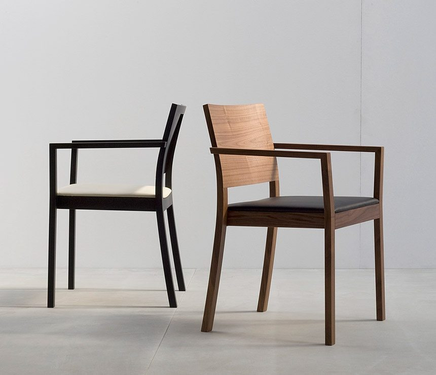 Modern dining chairs abacus tables for Contemporary designer dining chairs