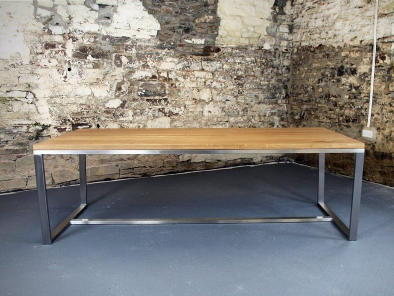 The Iguana Dining Table - 2.4m x 1.1m with 30mm Oak top