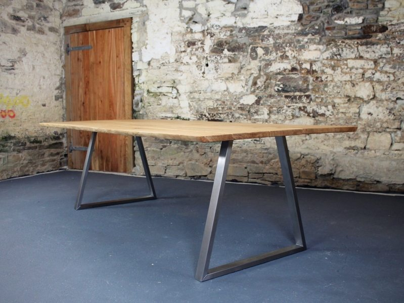 The Piranha Dining Table with 30mm Live-Edge Oak Top
